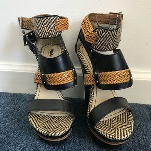 Mossimo Mosaic Wedges